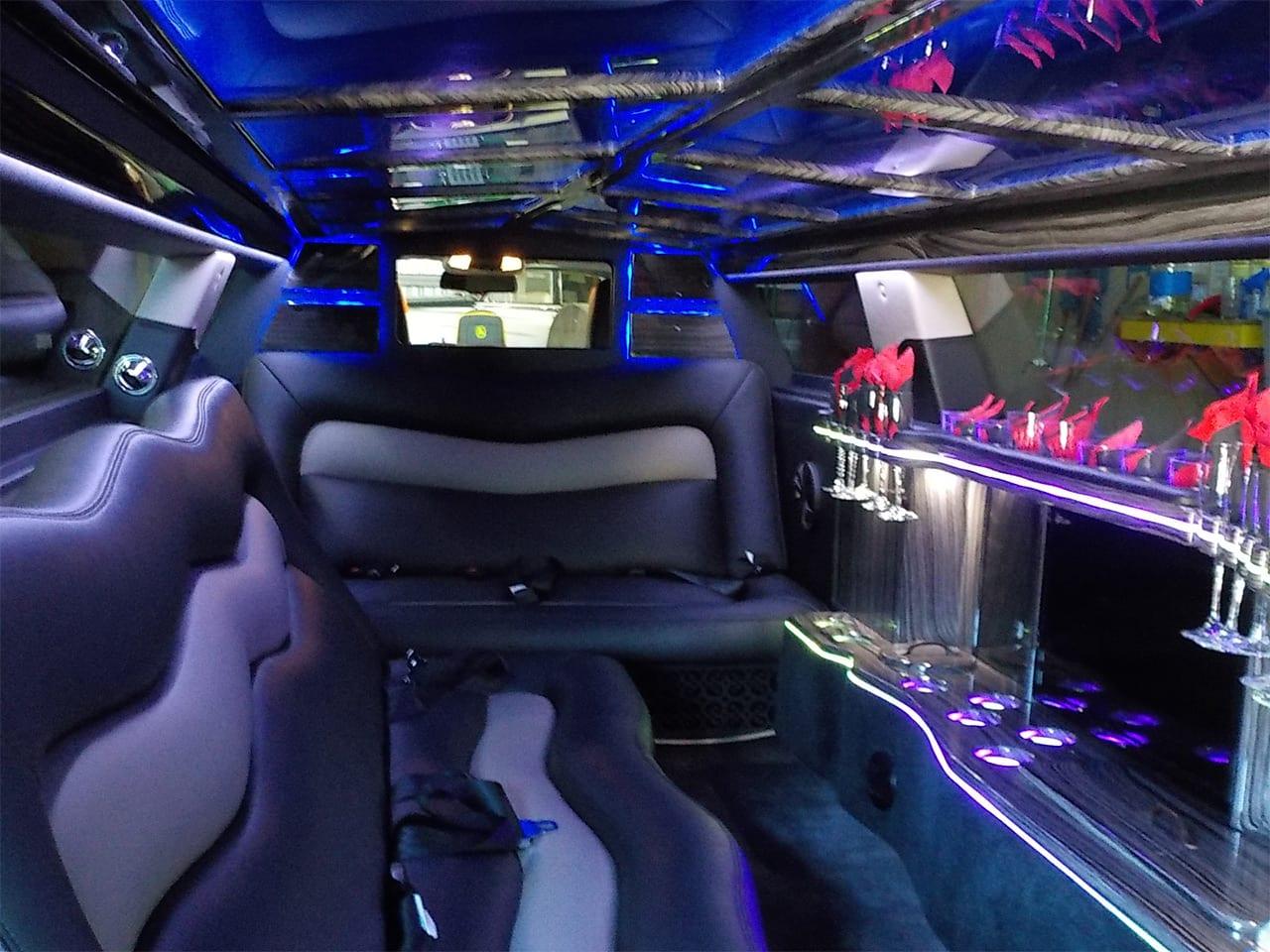 Chrysler 300 Limos Luggage Space